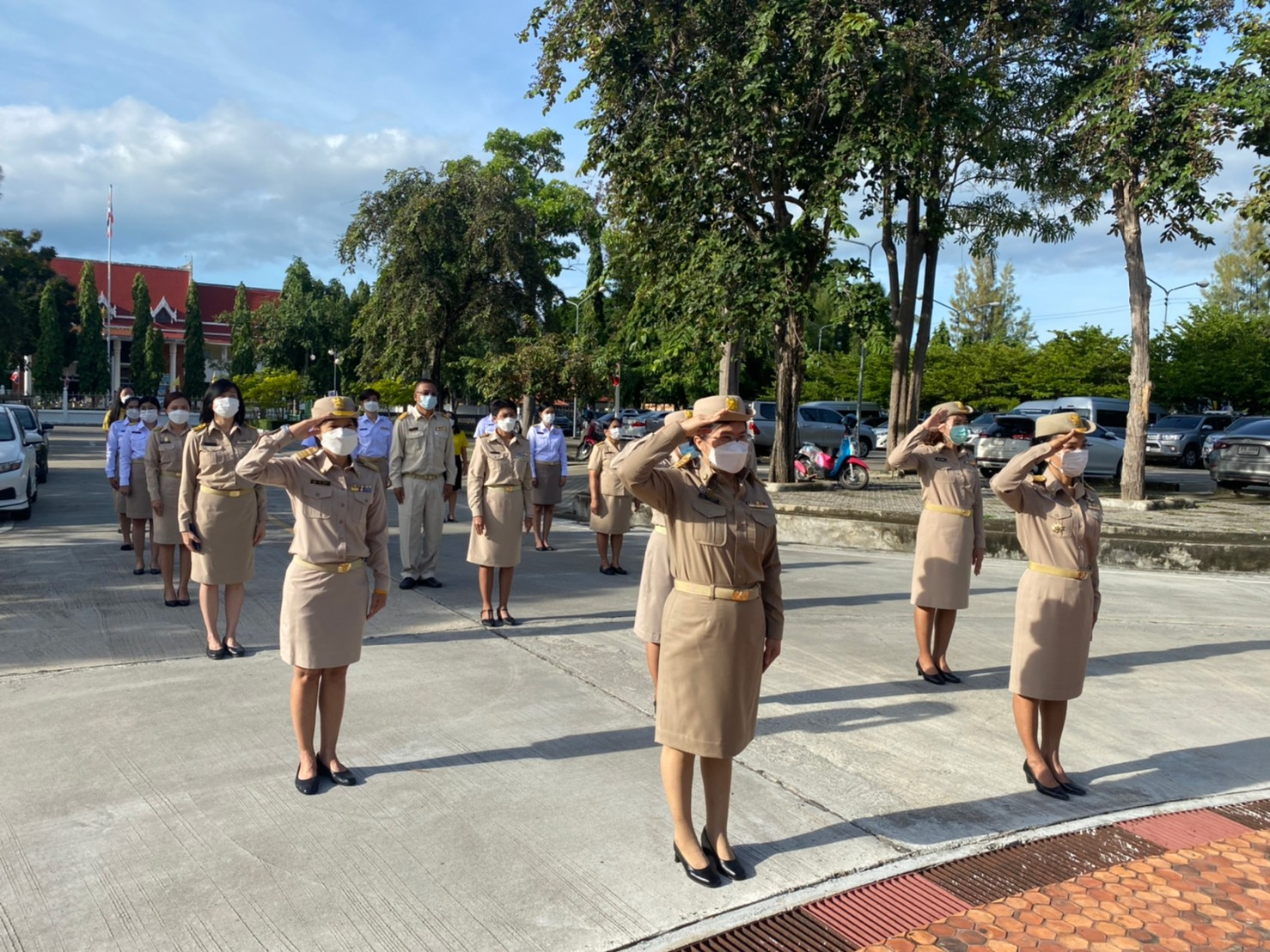แรงงาานจังหวัดประจวบคีรีขันธ์ ร่วมกิจกรรมเนื่องในวันพระราชทานธงชาติไทย 28 กันยายน (Thai National Flag Day) ประจำปี 2564